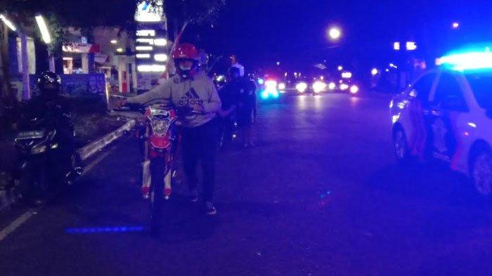 Pengendara Motor Berknalpot Dorong Motor Sejauh 2 KM di Jalanan Kota Malang