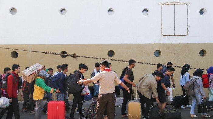 Lebih Dari 64.000 Pemudik Tiba Di Dua Pelabuhan Dikelola Pelindo III Surabaya