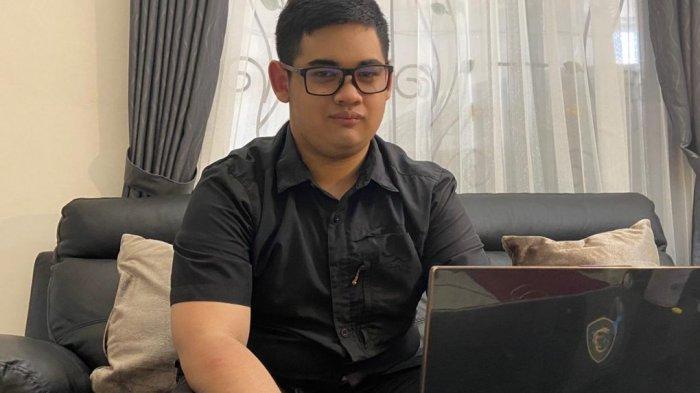 Sosok Wisudawan Termuda ITS Surabaya, Dapat Gelar Sarjana Teknik Komputer di Usia 19 Tahun