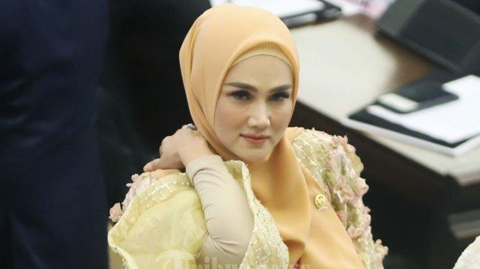 Mulan Jamelaa Jadi DPR RI dengan Gaji Capai Rp 60 Juta, Kamar Istri Ahmad Dhani Dipenuhi Kristal