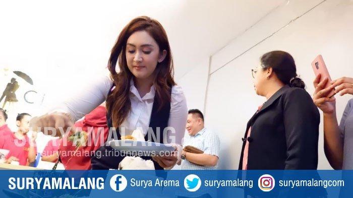 Nafa Urbach Resmikan Gerai Kopi CLBK di Pandaan Pasuruan, Sudah Ada 70 Gerai di Seluruh Indonesia