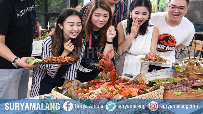 Nasi Goreng Seafood Kalimantan di Surabaya Dibanderol Rp 1,7 Juta per Porsi, Termahal di Indonesia