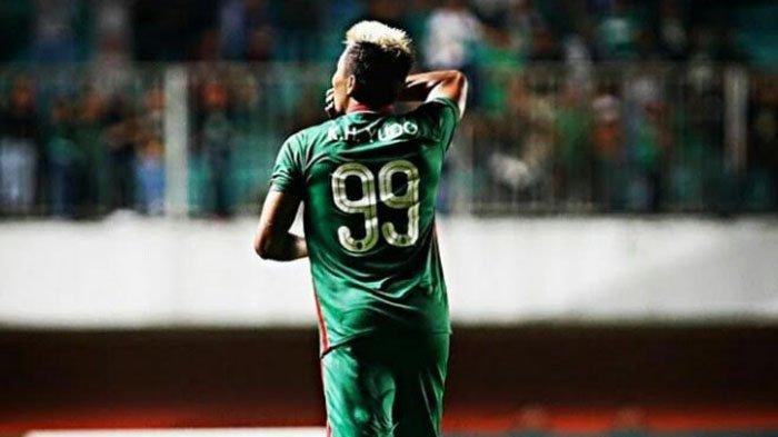 Kushedya Hari Yudo Bakal Dapatkan Nomor Punggung 99 di Arema FC Milik Sylvano Comvalius