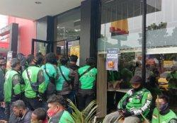 Gara-gara Promo BTS Meal, Ratusan Driver Ojol Kerumuni Outlet McDonald's, Kota Malang