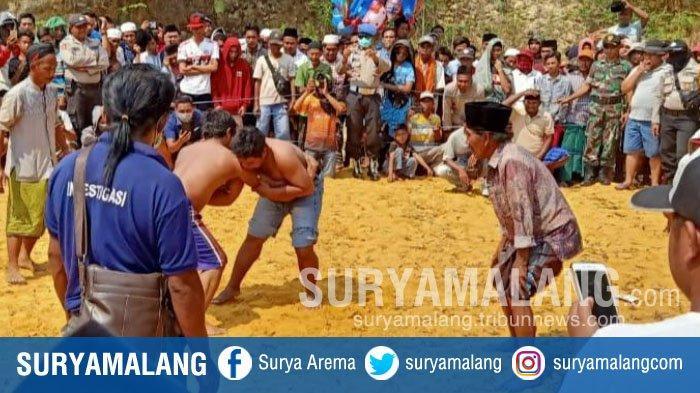 Tradisi Okol Atau Keket di Madura, Berkelahi yang Konon Dipercaya Bisa Datangkan Hujan