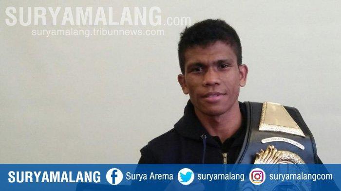 Ongen Saknosiwi Petinju Maluku Raih Juara Tinju Dunia IBA Kelas Bulu dan Gelar Juara Dunia Tercepat