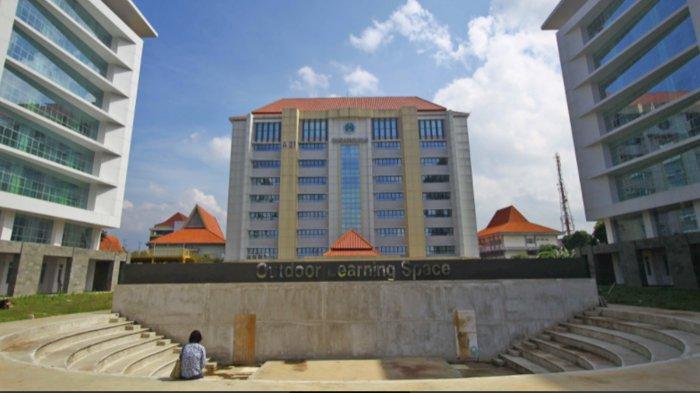 Ada Fasilitas Outdoor Learning Space di Area GKB Baru Universitas Negeri Malang