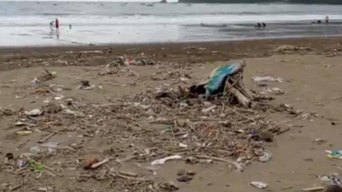Kondisi Pantai Gemah Selama PPKM Level 4 Tulungagung: Sepi dan Kotor