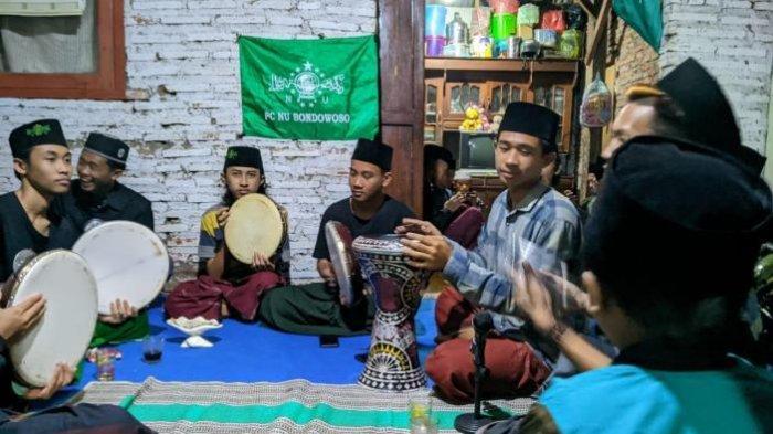 Namanya Pemuda Tersesat, Tapi Perkumpulan di Bondowoso Ini Cinta Nabi Muhammad dan Nahdlatul Ulama