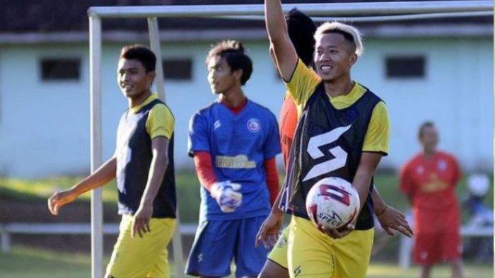 Berita Arema Populer Senin 26 April 2021: Perekrutan Pemain Asing dan Calon Pelatih Singo Edan