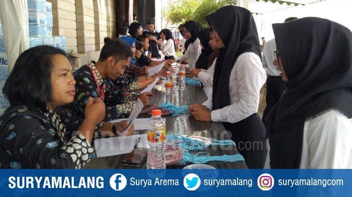 Kejadian Tak Terduga di Tes SKD CPNS 2019 Tulungagung, Ada Peserta Ngompol & Ada Noda Darah di Kursi