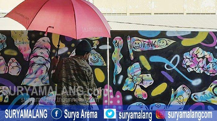 Pertama di Sidoarjo, Seni Graffiti di Gelar Perhotelan Berkolaborasi Dengan Seniman Graffiti Lokal