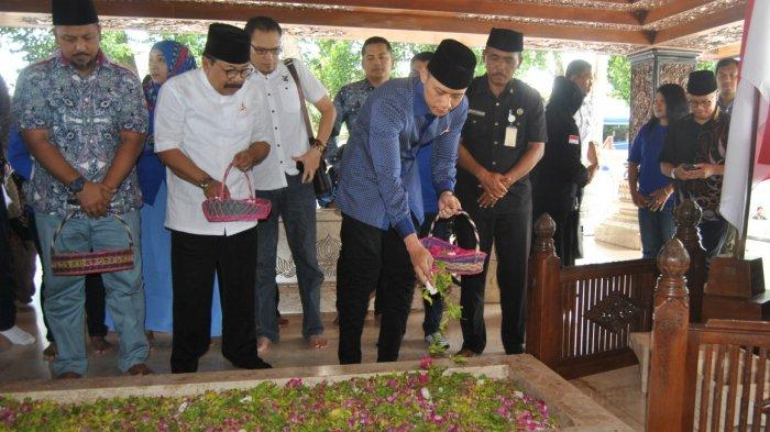 Alasan Agus Harimurti Yudhoyono Ziarah ke Makam Bung Karno di Blitar