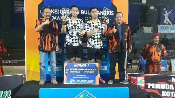 Pebulutangkis Ganda Putra Pratama Surabaya Berjaya di Wali Kota Batu Cup 2019
