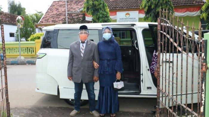 Pengakuan Pasangan M Kasman dan Muawanah yang Menikah Pakai Mobil Wali Kota Probolinggo