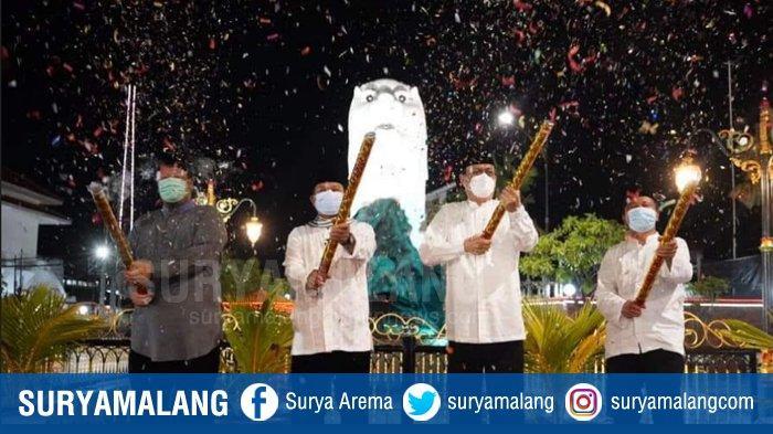 Patung Merlion Madiun Banyak Dikritik Netizen, Wali Kota Madiun Maidi Sebut Alasannya Membangun