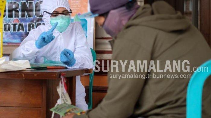 Sering ke Sidoarjo dan Surabaya, Pedagang Sayur Jalani Rapid Test di Balai Desa Giripurno, Kota Batu