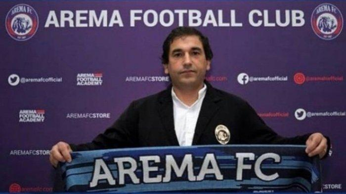 Pelatih Arema FC Eduardo Almeida.