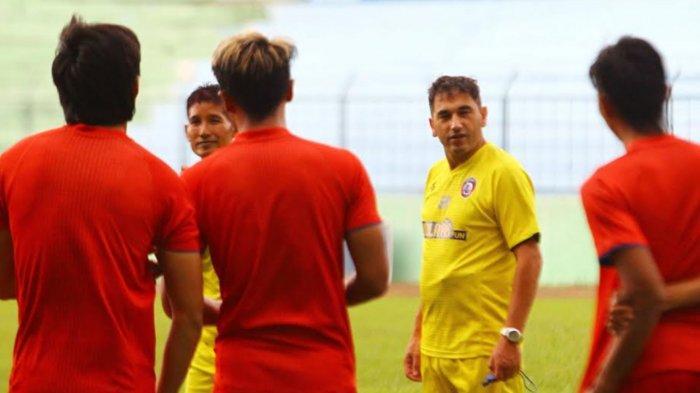 Aktivitas Arema FC Dibatasi saat PPKM Level 4, Eduardo Almeida Patuhi Aturan Pemerintah dan Federasi