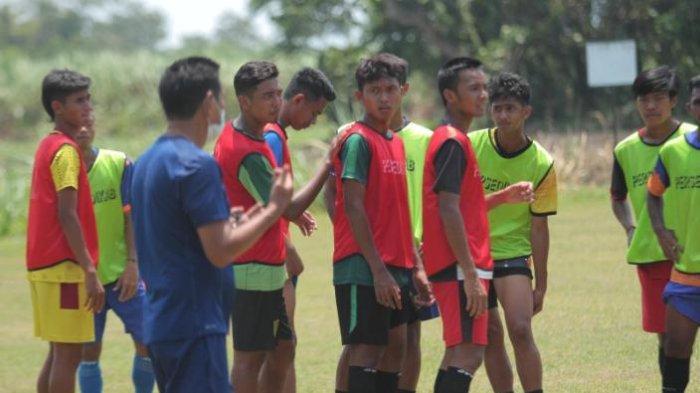 Mantan Arema FC dan Persebaya Turun Kasta ke Liga 3 2021, Resmi Dikontrak Persedikab Kediri