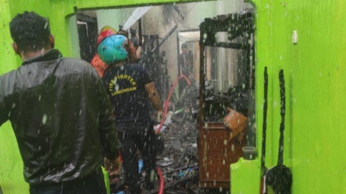 Korsleting Listrik Picu Kebakaran Rumah di Lamongan, Pemilik Rugi Sampai Rp 170 Juta