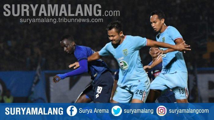 VIDEO : Arema FC Melempem di Stadion Surajaya, Dibungkam Persela Dua Gol Tanpa Balas