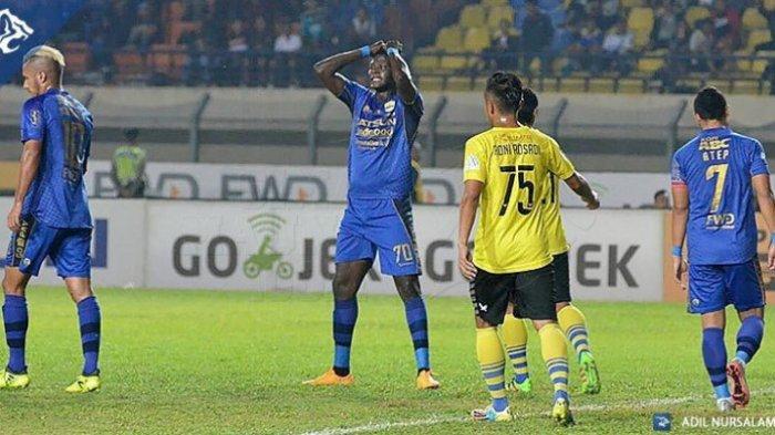Persija Vs Persib Bandung, Insiden Mengejutkan Terjadi, Gol Persib Bandung Dianulir Wasit
