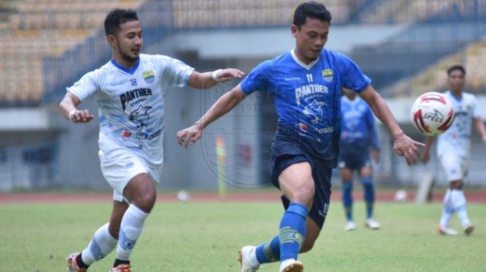 Pemain Persib Bandung saat jalani Internal Game pada Sabtu (29/5/2021).