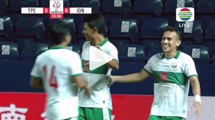 Skor Babak 1 Timnas Indonesia Vs Taiwan 1-0, Gerakan Kepala Striker Arema Bikin Bingung Kiper Lawan