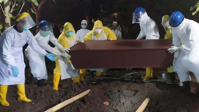 Kurangi Risiko Human Error, Tim Pemakaman Jenazah Covid-19 di Kota Malang Dibagi Jadi 3 Shift