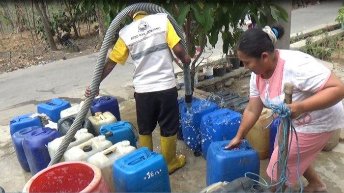 Delapan Desa Di Jombang Kesulitan Air Bersih