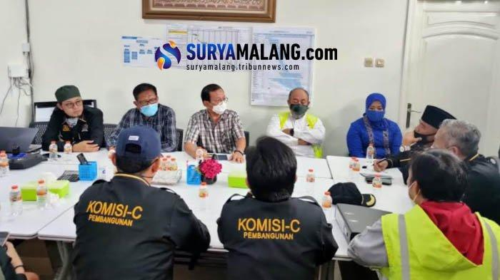 Tindak Lanjuti Keluhan Warga, Komisi C Sidak Pembangunan RS di Bethek Malang