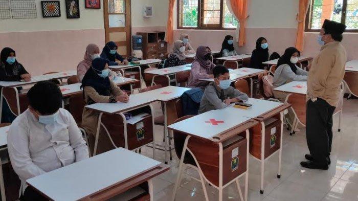 SMPN 3 Kota Malang Siapkan Ruang Isolasi Khusus bagi Siswa saat Pembelajaran Tatap Muka