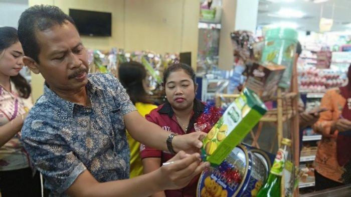 Tim Keamanan Pangan Dinkes Tulungagung Sisir Parcel, Pastikan Produk Aman Dan Layak Konsumsi