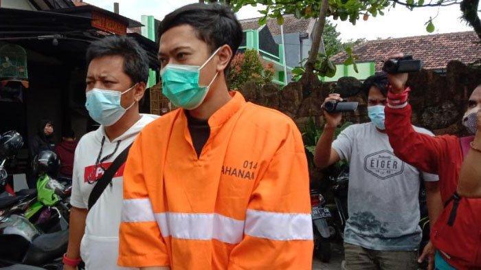 Miliki Ganja Bentuk Seperti Bola Pingpong, Pria Asal Kota Malang Ditangkap Anggota Polsek Sukun