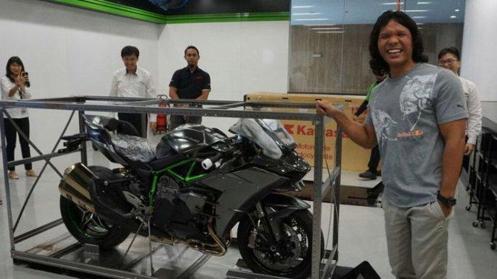 Kawasaki Ninja H2 Diproduksi Terbatas, di Indonesia Hanya Ada Satu Orang yang Memilikinya