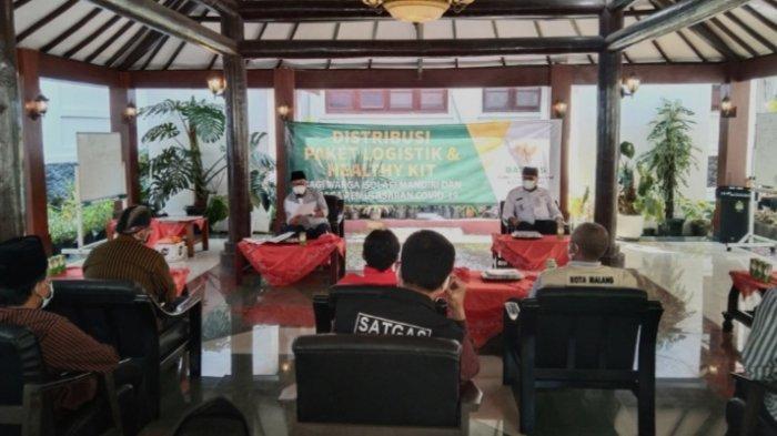 Pemkot Malang Salurkan Bansos ke 1.634 Warga yang Isolasi Mandiri