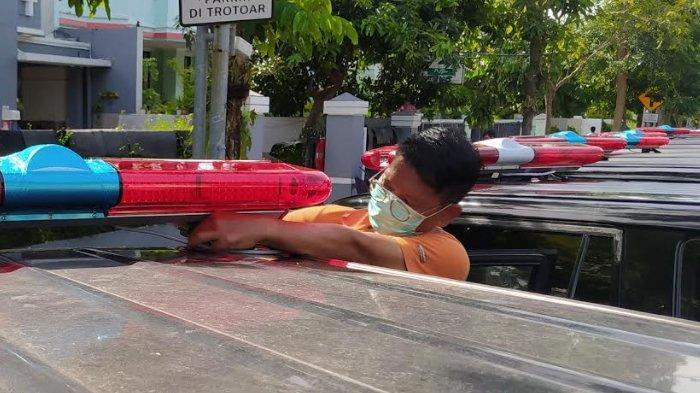 Pemkot Surabaya Ubah Puluhan Mobil Dinas Jadi Mobil Jenazah Pasien Covid-19