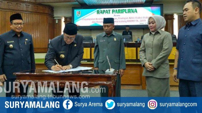 Tujuh Fraksi DPRD Terima RAPBD Kabupaten Tuban 2019 Mencapai Rp 2,4 Triliun