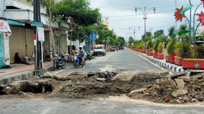 DPUPR Kota Blitar Alokasikan Dana Rp 1,3 Miliar untuk Tata Drainase Jalan Mastrip dan Jalan Anggrek