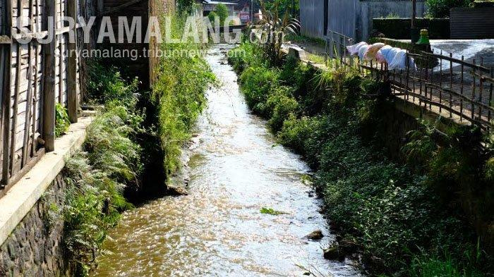 Awas, Cairan Sampah TPA Tlekung Cemari Sungai di Desa Junrejo, Kota Batu