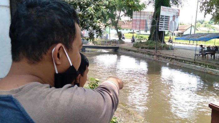 Pria Asal Kota Batu Tewas Tanpa Celana di Sungai Desa Ketawang, Kabupaten Malang