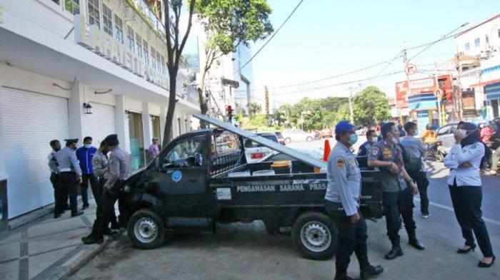 Dishub Kota Malang Tertibkan Parkiran di Kafe Lafayette Kayutangan, Pemilik Kafe Sempat Menolak