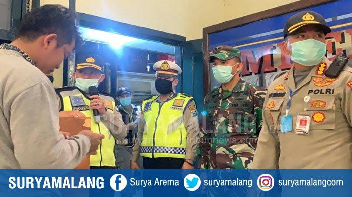 Polresta Malang Kota & TNI Gelar Operasi Penertiban Masyarakat Berkerumun, Lawan Virus Corona