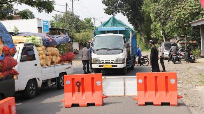 Info Larangan Mudik Malang - Kediri, Puluhan Kendaraan Diminta Putar Balik di Penyekatan Kandangan