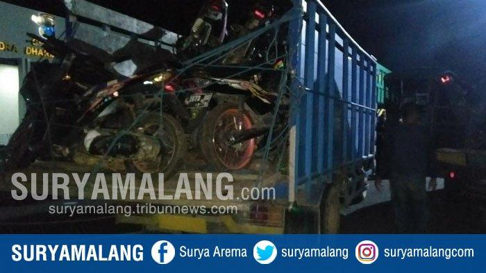 BREAKING NEWS - Polisi Gerebek Gudang Motor Bodong di Bangkalan