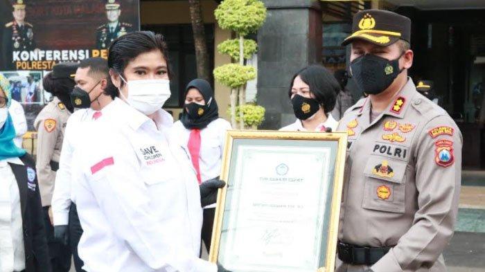 TRC Perlindungan Perempuan dan Anak Indonesia Beri Penghargaan ke 4 Polres di Jatim