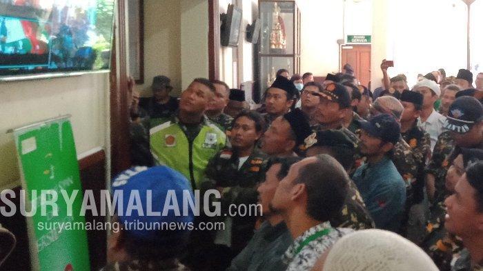 Sidang Gus Nur Di PN Surabaya Sempat Diwarnai Kegaduhan di Luar Persidangan