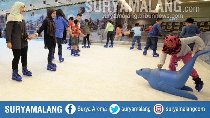 Harga Tiket Main Ice Skating 'Winter Wonderland' dan Snowplay Ground di Grand City Mall Surabaya