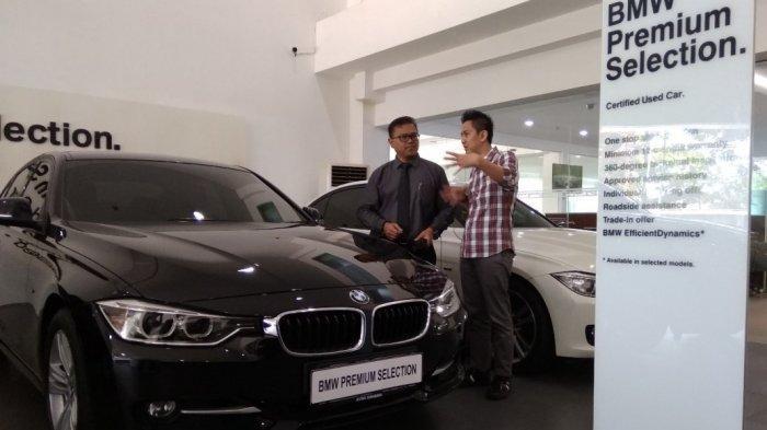 Jelang Lebaran, Mobil Bekas Kelas Premium Di Surabaya Banyak Diburu